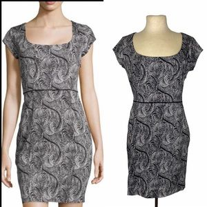 Marchesa Voyage Black White Feather Print Dress 10